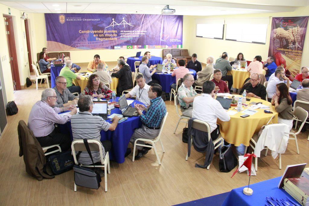 reunião de representantes das instituições participantes da rede de ies